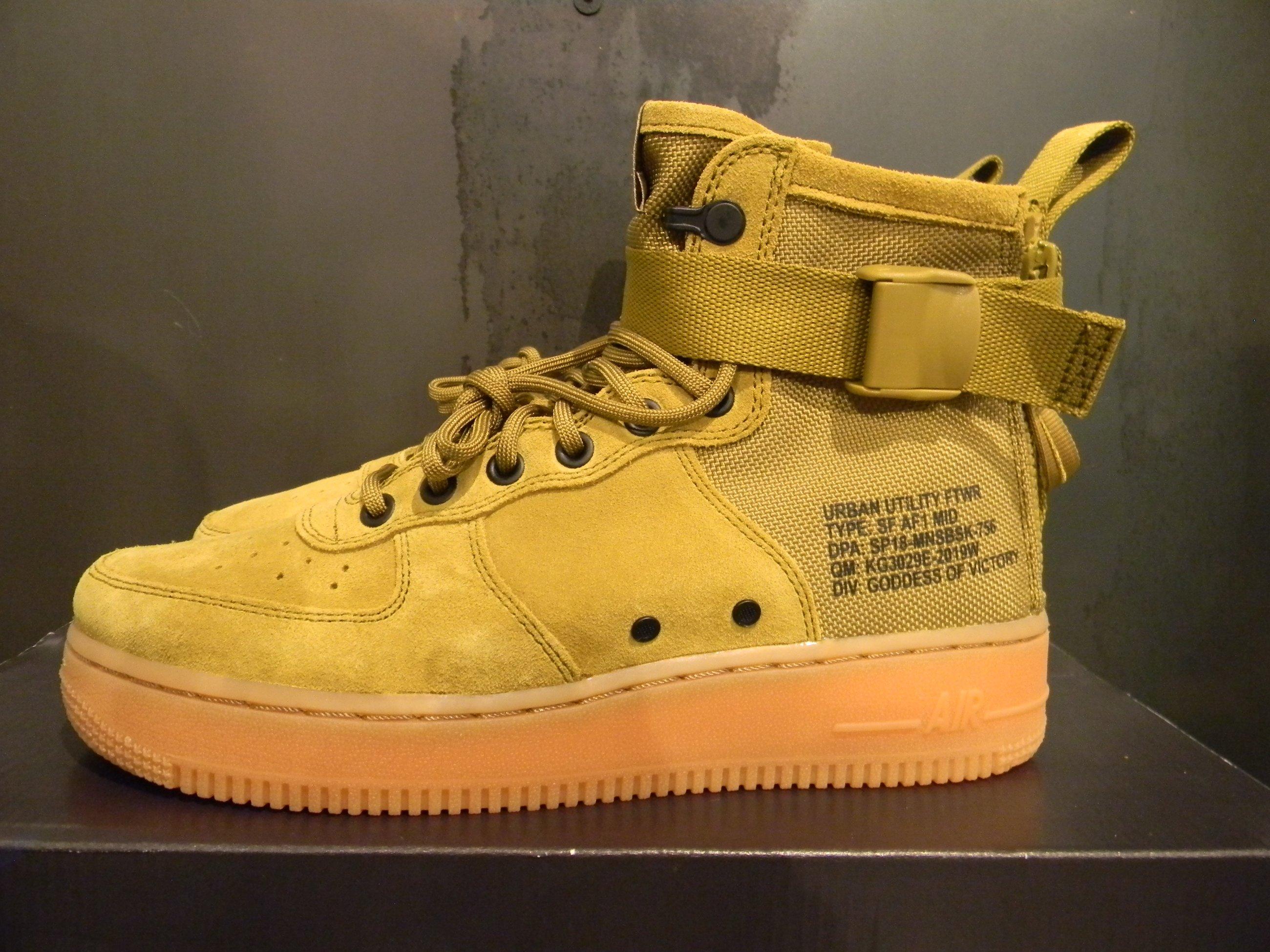 Nike Air Force 1 Mid, 100% Legit, Retail 150,00 Euro - Meetapp