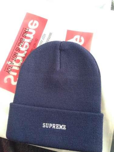 7faf0eebc5510 Supreme x nike beanie Navy Supreme x nike beanie Navy