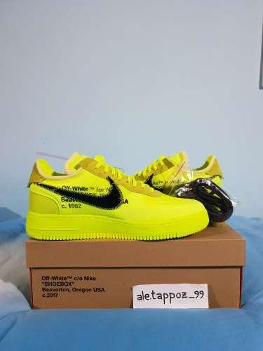 Nike off giallo