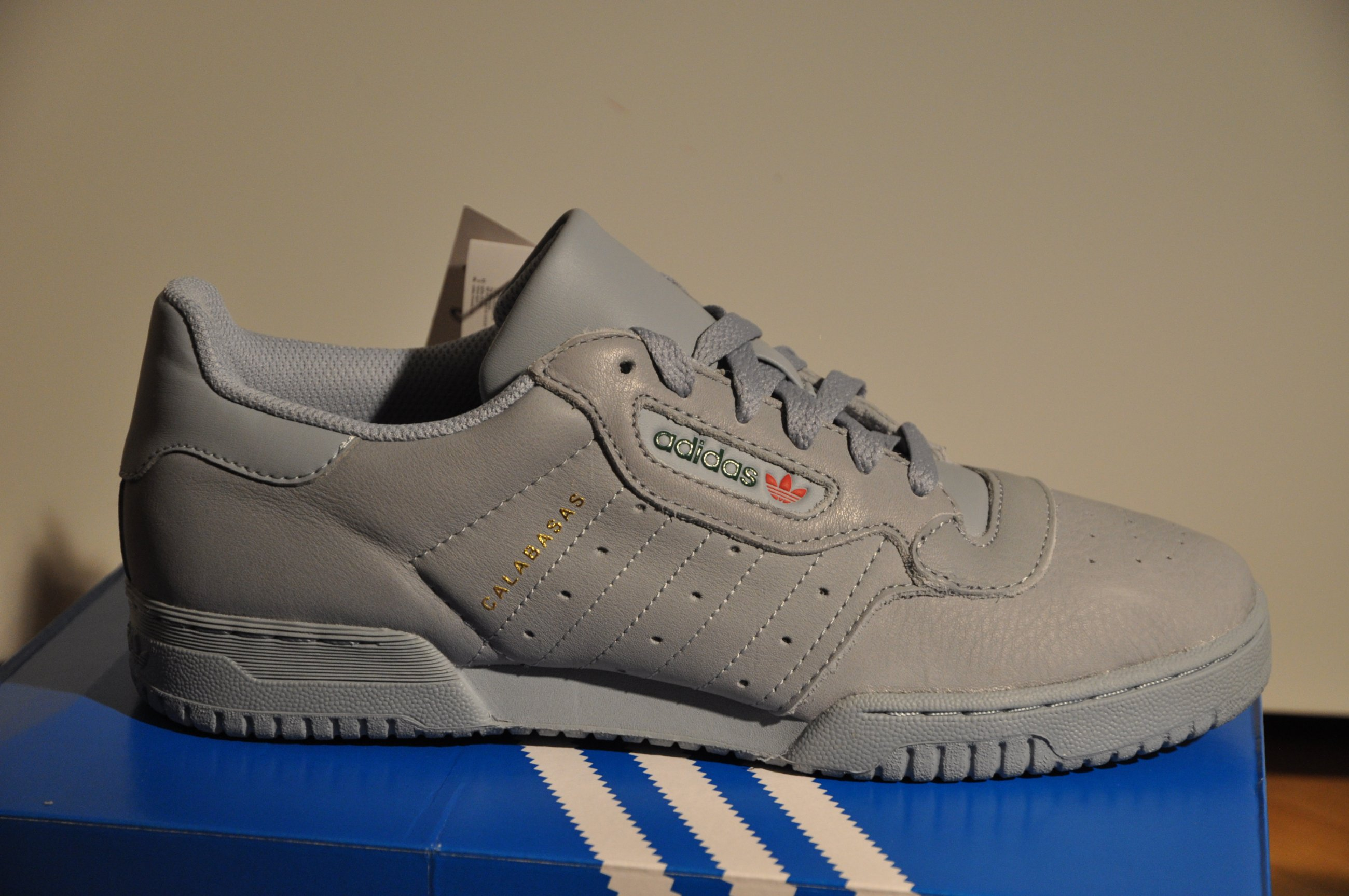 separation shoes 2f080 810fe Yeezy powerphase calabasas